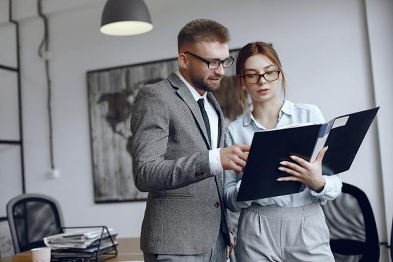 Qual a importância dos stakeholders para uma empresa?